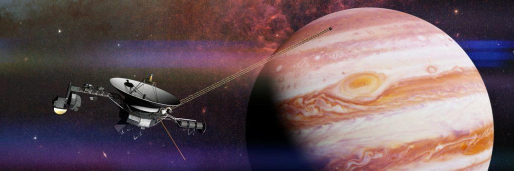 Ilustración que representa el paso de la sonda Voyager 1 por Júpiter. | Crédito: Dotted Yeti