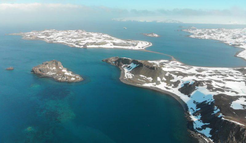 El agua dulce de la Antártida, contaminada por microplásticos