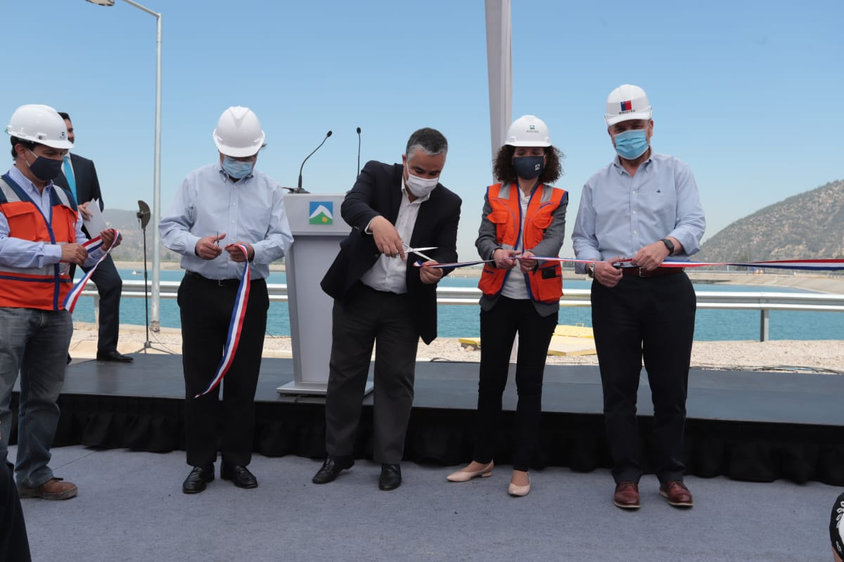 Inauguración de los Megaestanques de Pirque, una obra millonaria realizada por Aguas Andinas para garantizar el abastecimiento de agua a la ciudad de Santiago de Chile en condiciones de cambio climático