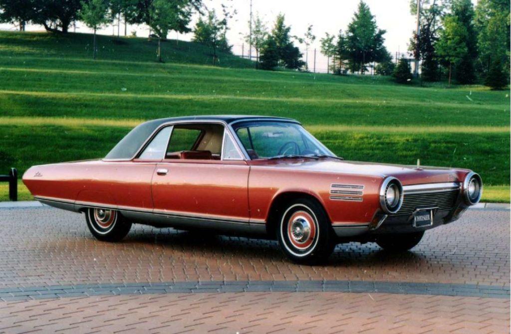 El Chrysler Turbine, un modelo del año 1973 movido por dos turbinas y con 130 caballos de potencia.   FCA