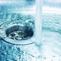 El agua seguirá sin cortarse a los colectivos vulnerables