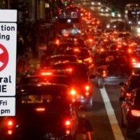 Una sentencia histórica admite que una niña inglesa murió por la polución