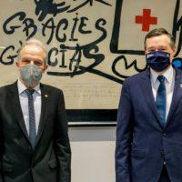 Cruz Roja reconoce a Ángel Simón por el compromiso social de Agbar en la pandemia