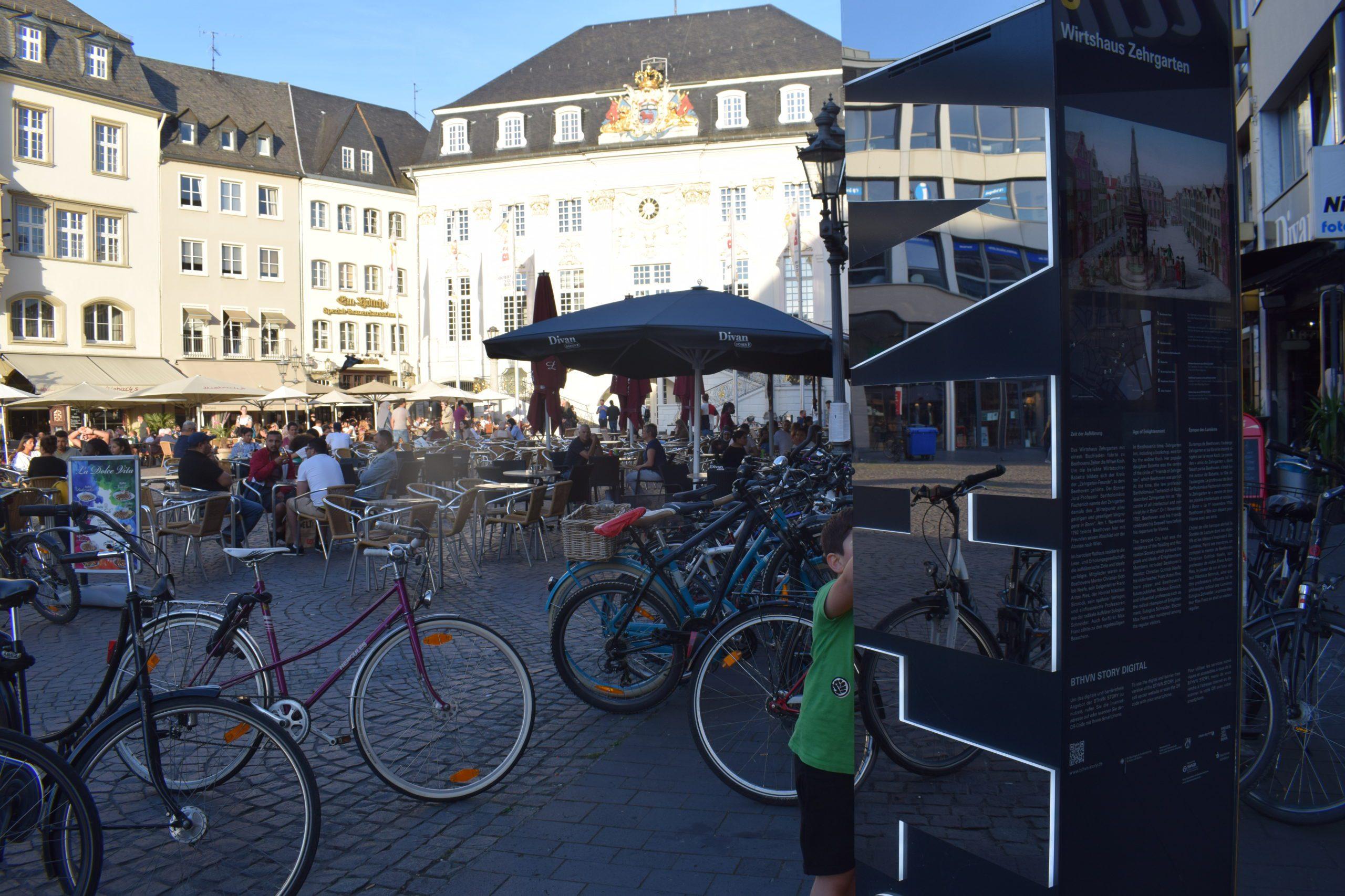 Una de las calles de Bonn, ciudad de nacimiento del gran compositor Beethoven.  FOTO: Judit Alonso