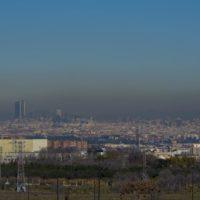 Una bolsa de aire frío dispara la contaminación atmosférica en Madrid