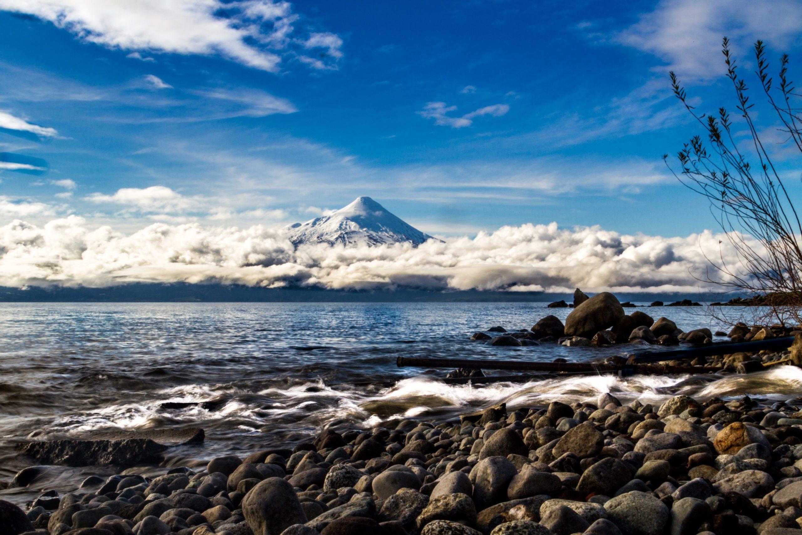 El volcán Osorno en la región de los lagos de Chile.   FOTO: Goodwyn Ferrell