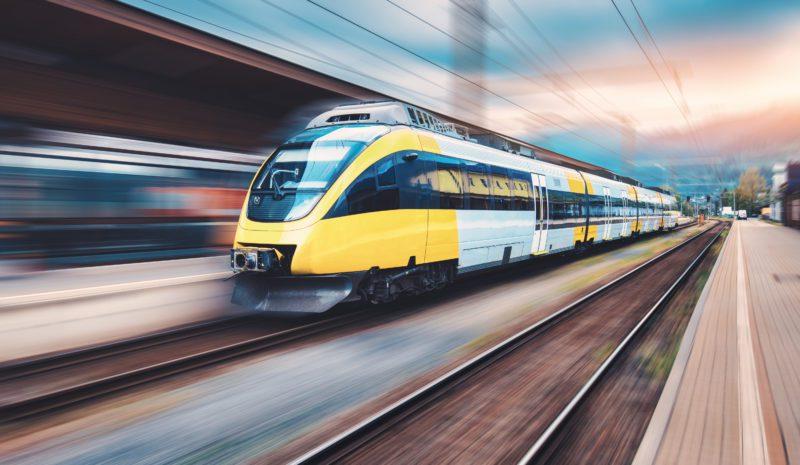 La Comisión Europea impulsa el tren como medio de transporte de bajas emisiones