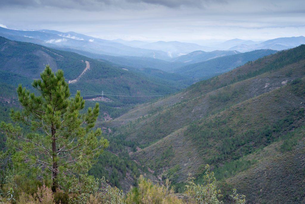 Valle de Ovejuela, en la comarca cacereña de las Hurdes.   FOTO: MartinRed