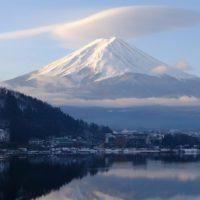 Japón mira preocupado cómo el monte Fuji se queda sin nieve