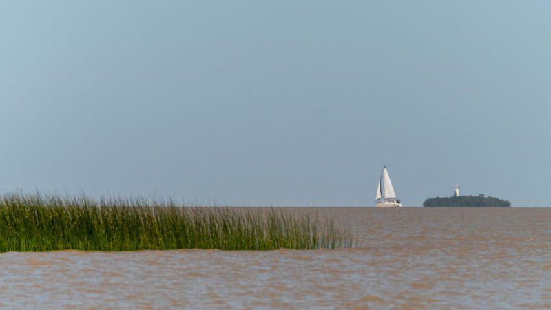 Buscando el Pacífico encontramos el gran Río de la Plata