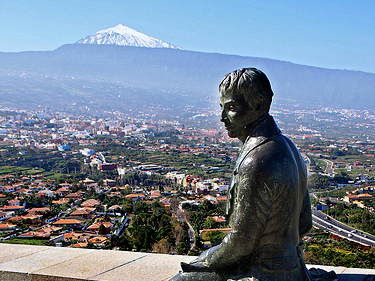 Estatua que recuerda el paso del alemán Alexander von Humdboldt, pionero de la ciencia ecológica y predecesor de Darwin, por la isla canaria de Tenerife.