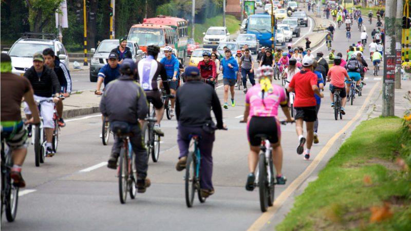 Bogotá, la ciudad que construye su futuro montando en bicicleta