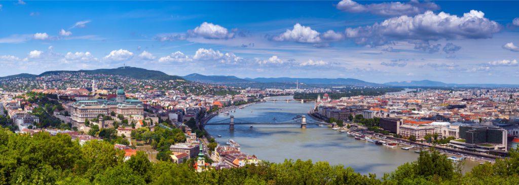 El Danubio a su paso por Budapest, la capital de Hungría.   FOTO: Sodel Vladyslav