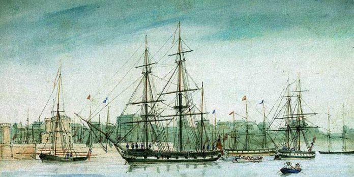 El Beagle, barco donde Darwin dio la vuelta al mundo, en puerto.