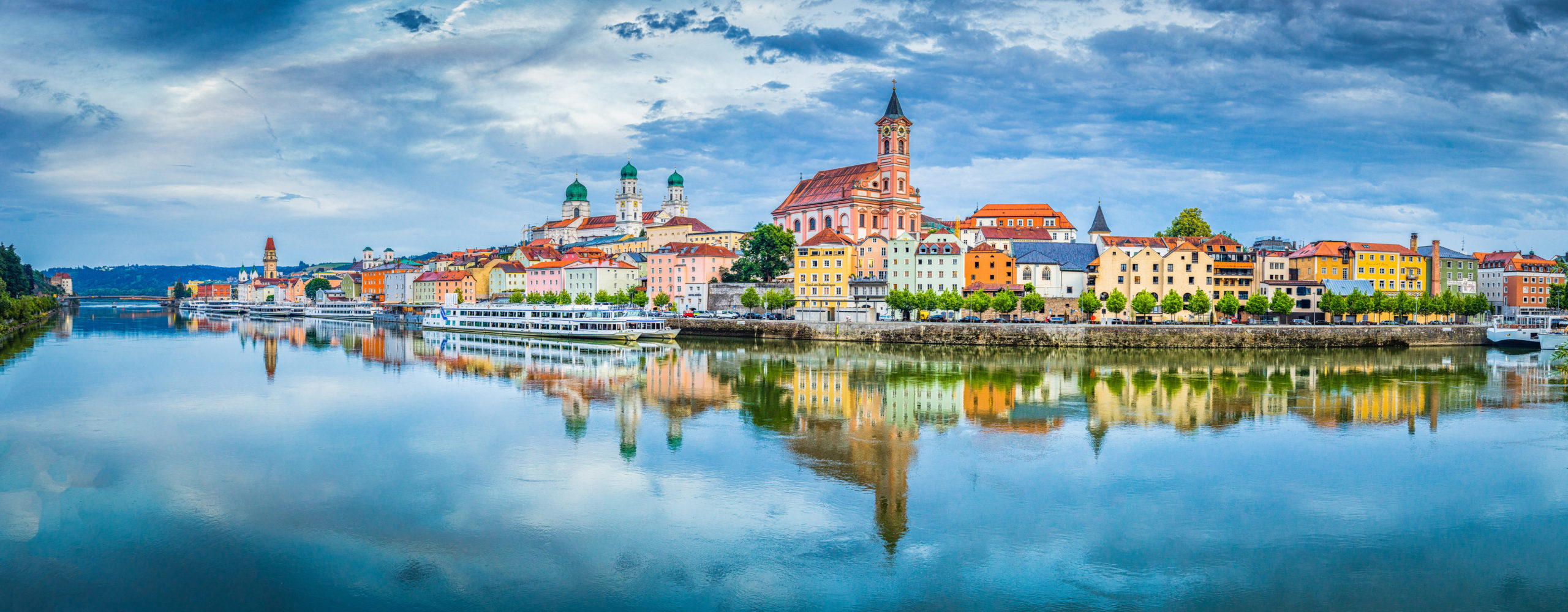 La histórica ciudad bávara de Passau, junto al Danubio.   FOTO: CanadaStock