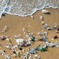 El turismo genera el 80% de la basura del Mediterráneo