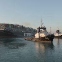 Egipto consigue liberar el Ever Given y se prepara para reabrir Suez