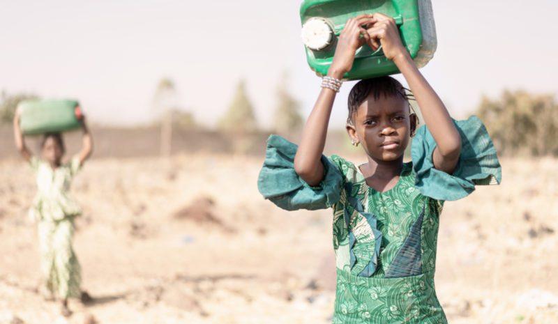 Agua y saneamiento, un reto de igualdad de género