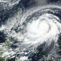 Surigae, el tifón más intenso y temprano de la era satelital