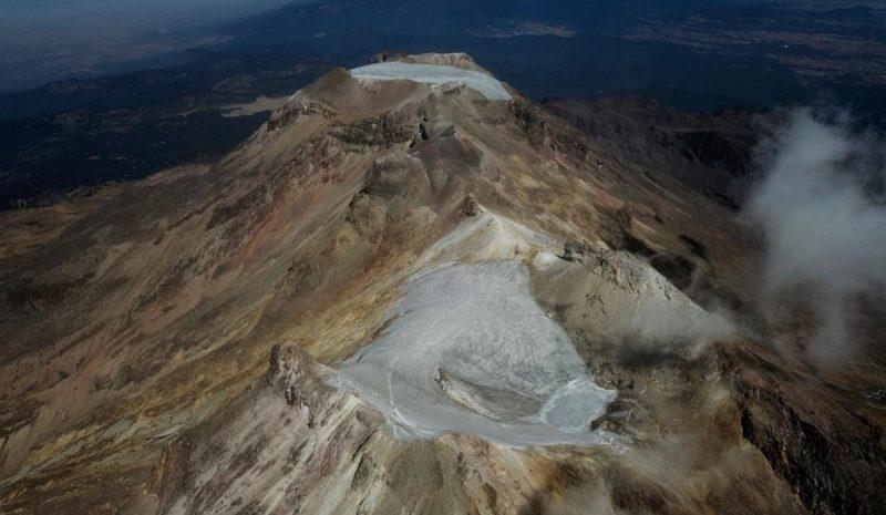 Declaran extinto el milenario glaciar Ayoloco en México