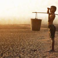 Más de 700 millones de niños viven en países de alto riesgo climático