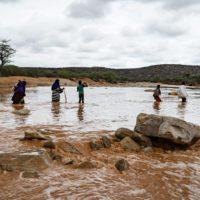 Doble catástrofe climática en Somalia: de sequía a inundación