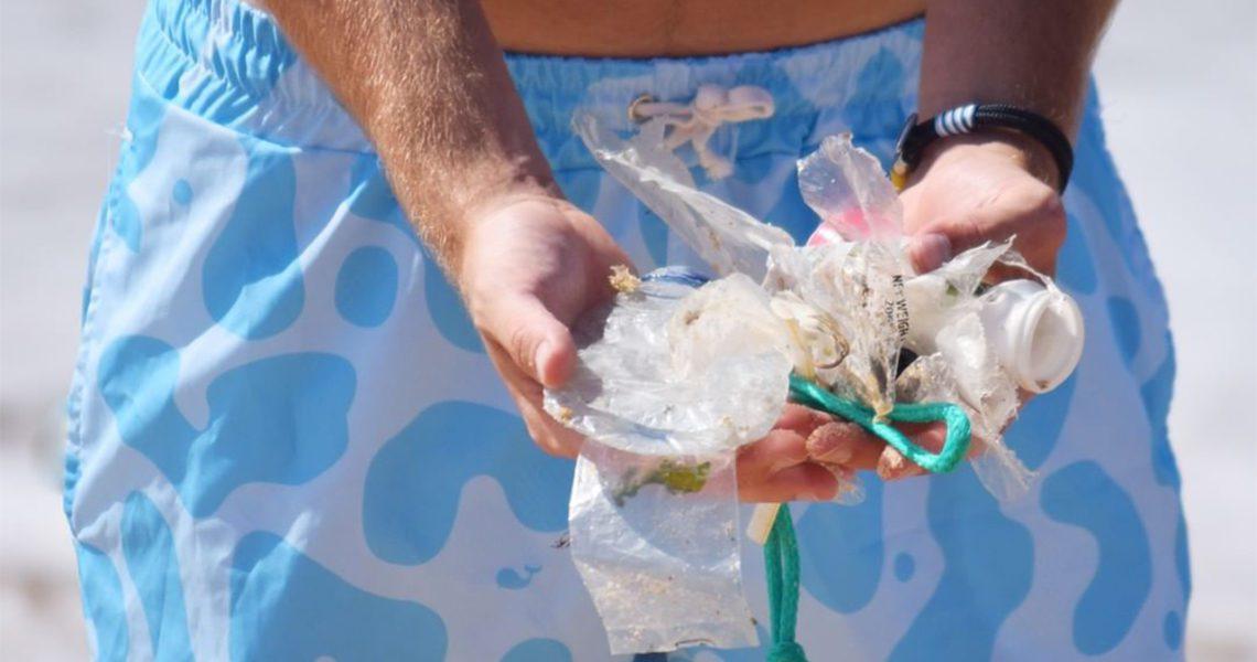 Los bañadores que querrás tener este verano están hechos con residuos