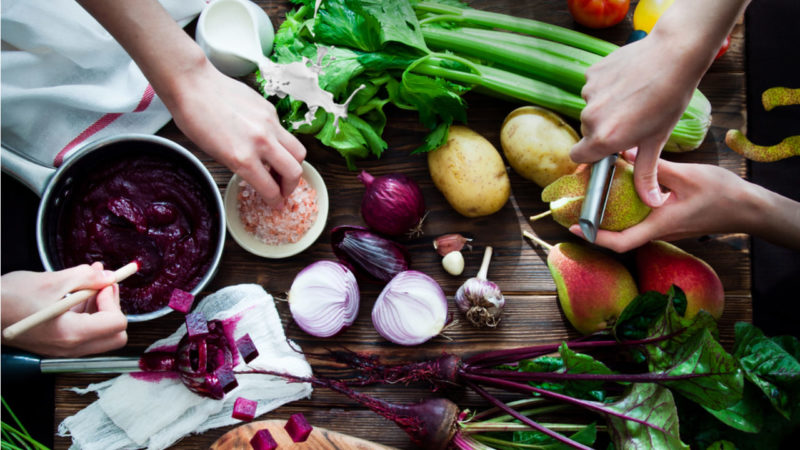 Gastronomía sostenible: cuidar el planeta desde la cocina