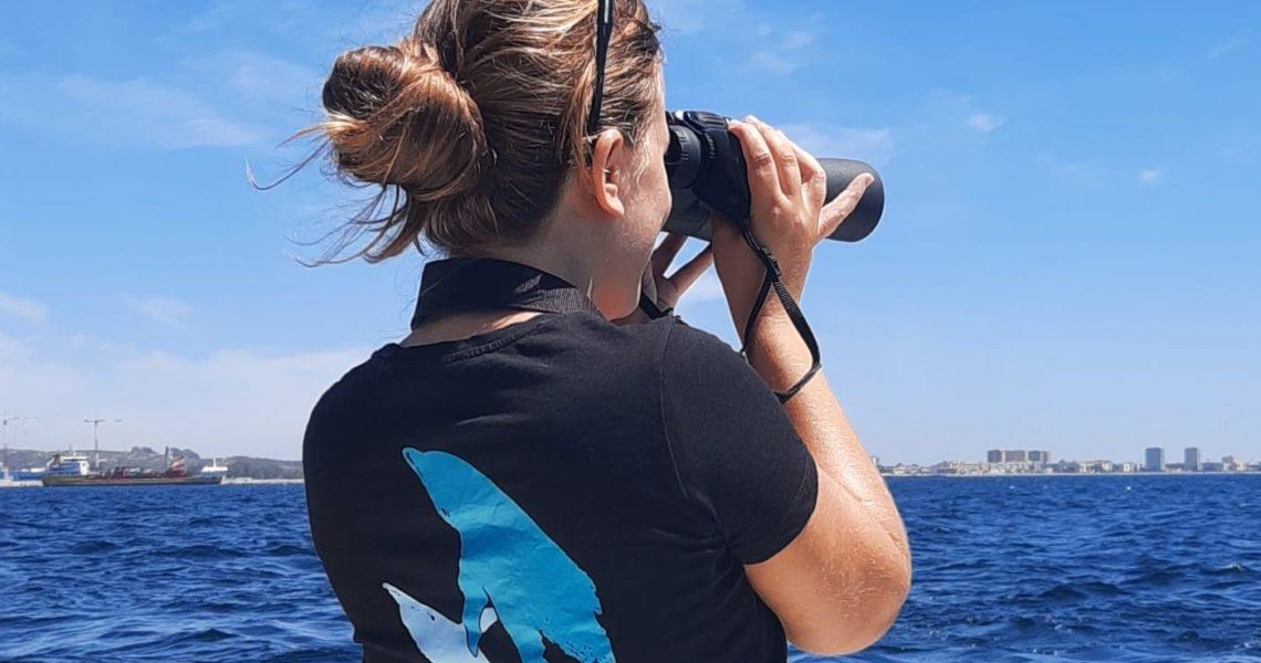 Las mujeres que protagonizan el cuidado del mar