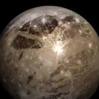 Encuentran la primera evidencia de vapor de agua en Ganímedes