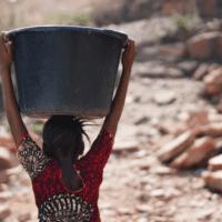 El acceso al agua se estanca en Costa de Marfil