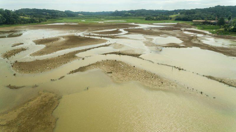 El río Paraná, asolado por una sequía histórica