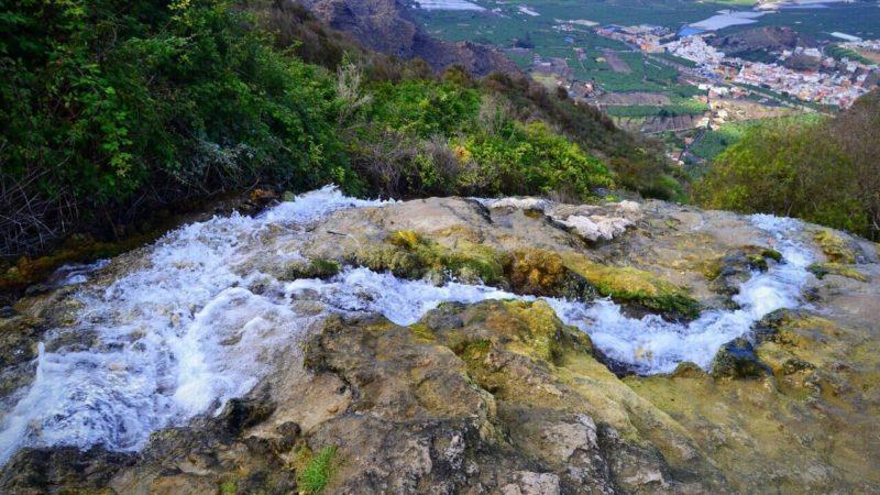 Lomo Morín: una cascada creada y amenazada por la mano del hombre