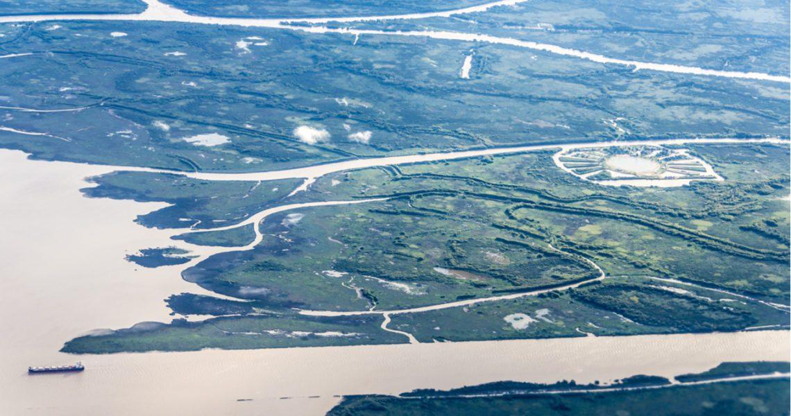En el poeta corría el río Paraná y sus ramajes