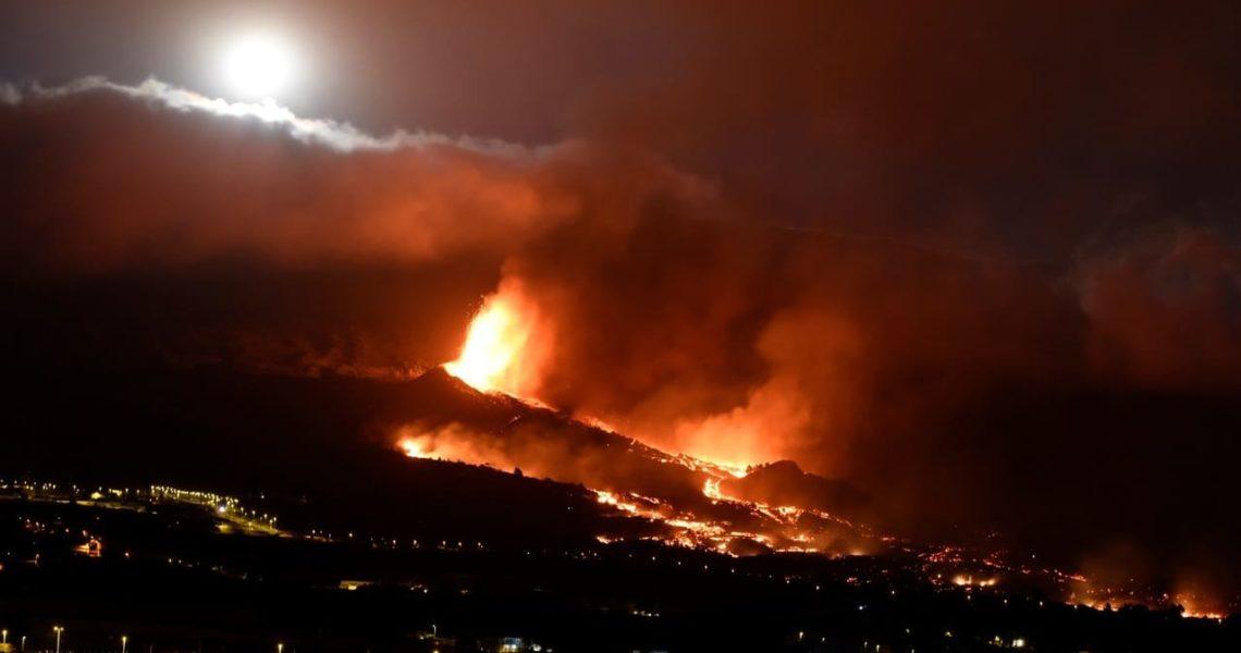 El agua de La Palma se mantiene segura mientras la lava avanza