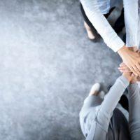 Agbar lidera la protección de las personas vulnerables con una visión holística